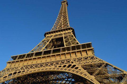 La tour Eiffel se met aux énergies renouvelables