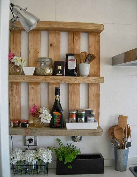 palettes étagère cuisine