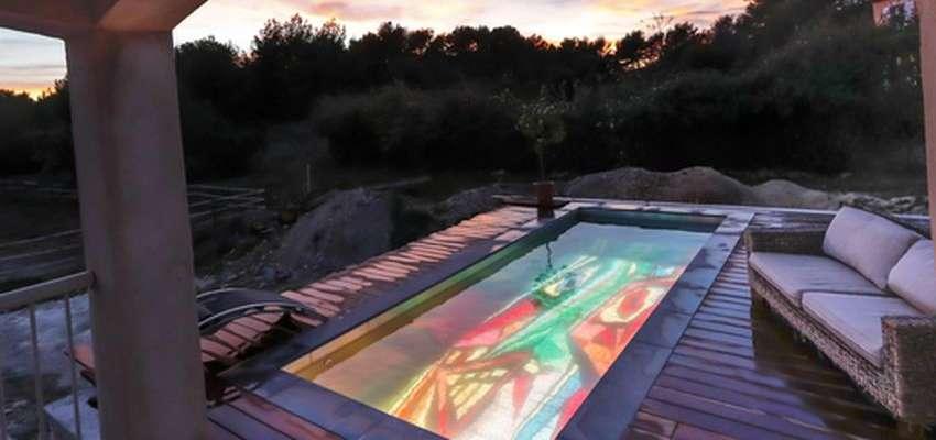 Un Écran géant au fond de votre piscine