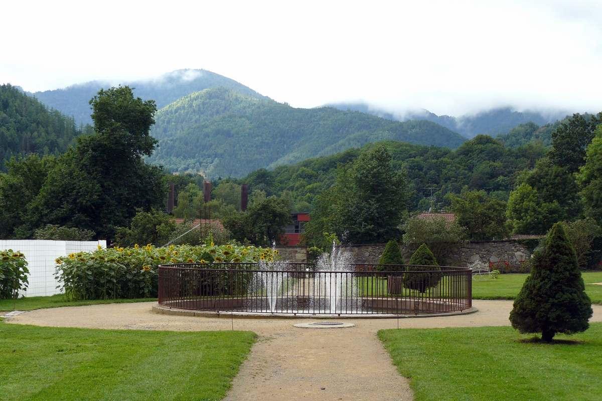 Trois jardins originaux visiter en france les cl s de for Jardin wesserling