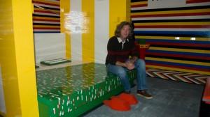 James May dans la maison Lego