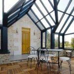 toit vitré véranda maison ancienne