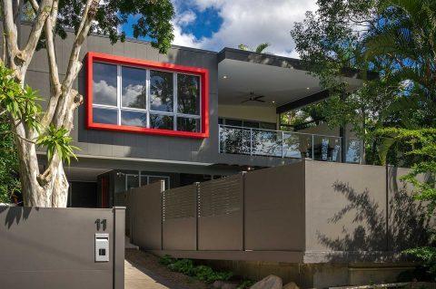 Dépose fenêtre : comment choisir  entre la dépose totale et partielle ?